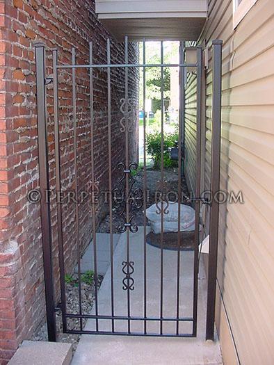 gate 241