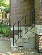 wrought iron railing for steps, classic design with alternating nodes